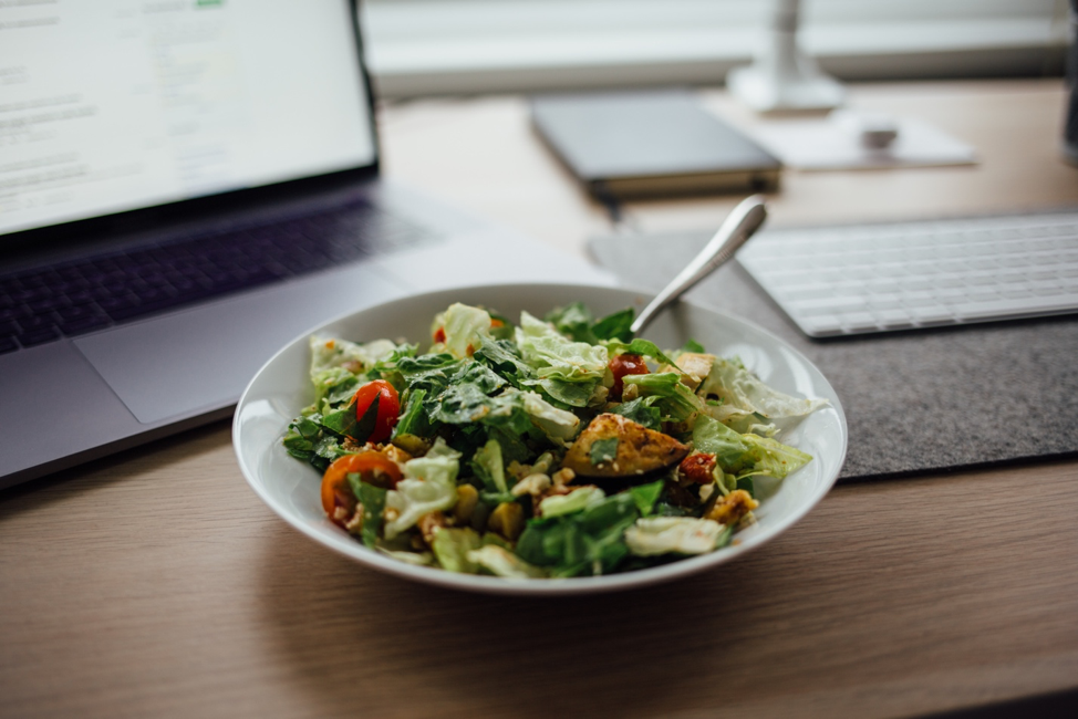 How to Practice Mindful Eating While Working from Home