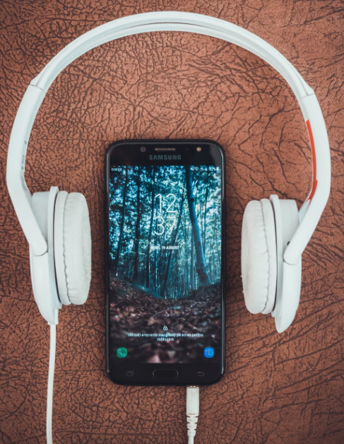 Podcasts to Feed Your Mind